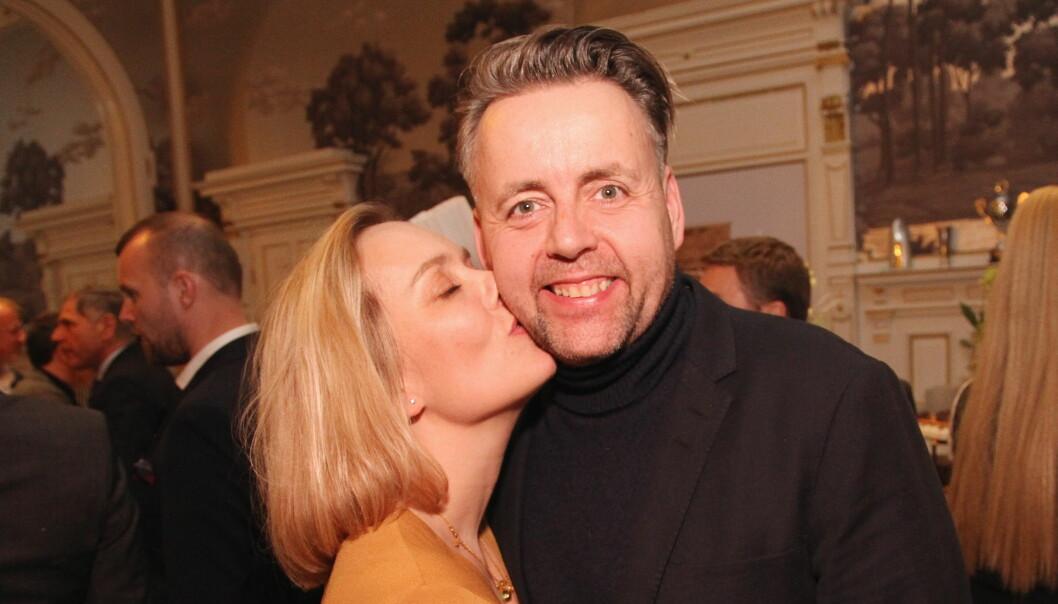 Så glad ble kona Torill da det ble kjent at Sven Erik Renaa er rangert blant de aller beste kokkene i verden. (Foto: Morten Holt)