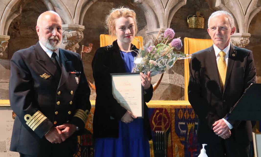 Bartenderen Anne Hagen Maurseth fra Oslo har fått Eske Bille-prisen 2021. (Foto: Eske Bille-prisen)