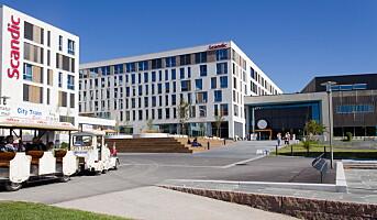 Tilbyr studenter månedsleie på hoteller over hele landet