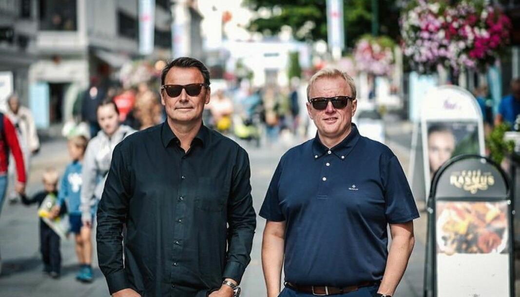 Prosjektleder Henning Ross Vestavik og markedsansvarlig Morten Johansen inviterer til Spis ute-Uka i Kristiansand. (Foto: Spis ute-Uka)