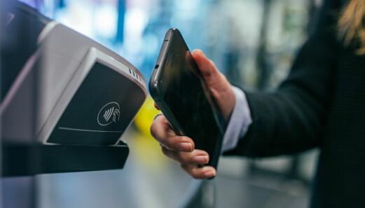 Fire av fem betalinger i Norge skjer kontaktløst