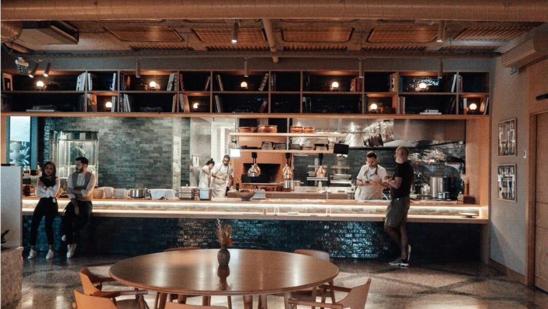 Restauranteiere sliter fortsatt med å holde virksomheten i gang. Mangel på arbeidskraft er hovedårsaken. (Foto: Quickorder)